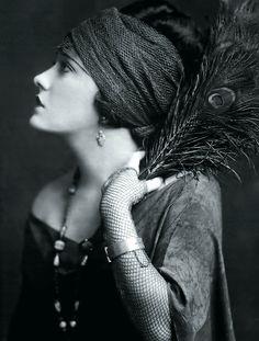 Gloria Swanson, circa 1920s
