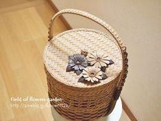 Basket Decoration, Wicker Baskets, Making Out, Straw Bag, Weaving, Bags, Home Decor, Handbags, Homemade Home Decor