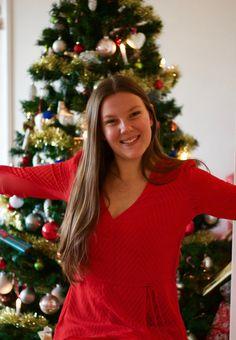 Välkommen till min julblogg! Här julbloggar jag om alla de saker som just jag älskar med julen som julnyheter, recept, tips, julpyssel osv. Dresses With Sleeves, Long Sleeve, Tips, Fashion, Moda, Sleeve Dresses, Long Dress Patterns, Fashion Styles, Gowns With Sleeves