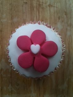 Mothers' Day Cupcakes