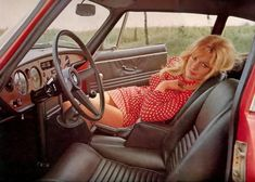 sexy girls in car advertisements | Mini Skirt Monday #105: Minis 'N' Cars