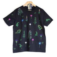 Summer Solstice Shirt | Etsy Shop: Smukie | @smukieau | #fashionhunter #handmadefashionhunter #Etsyhunter #fashion #handmade #etsyfashion #etsy #designer #supportsmallbusiness