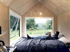 read a book Wilderness Retreat, - The Home Decor Trends Tiny House Cabin, Tiny House Design, Home Design, Interior Design, Tiny Cabins, Design Ideas, Casa Hotel, Tiny House Movement, Big Houses