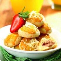 Kue Kering Keju Isi Keju Cokelat http://www.sajiansedap.com/recipe/detail/11798/kue-kering-keju-isi-keju-cokelat#.U8ToofmSxRE