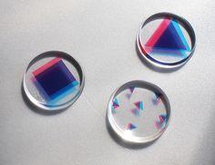 「幾何学3Dバッチ・・・」/「しまいぬ」のイラスト [pixiv] Epoxy Resin Art, Uv Resin, Resin Ring, Acrylic Resin, Resin Jewelry, Glass Jewelry, Jewellery, Diy Resin Crafts, Diy Craft Projects