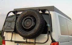 Volkswagen TEROCK - a camper made of blocks Vw T4 Syncro, Vw Transporter Camper, Truck Camper, Camper Van, Off Road Camper Trailer, Camper Trailers, Volkswagen Bus, Ambulance, Vw T5 California