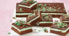 This amazing all in one slice is the perfect match choc-mint flavour with layers of cheesecake and brownie.
