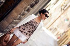 Summer Uniform :: White blazer & heart shape animal print tank