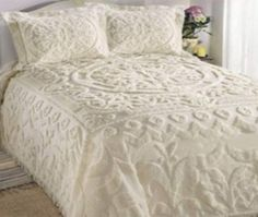 Previous Pinner: Chenille bedspreads - both my grandma & mom adorned each bed w chenille.~~~Reminds me of my Grandmother Ivory Bedding, White Bedding, Girl Bedding, Vintage Bedspread, Chenille Bedspread, Home Bedroom, Master Bedroom, Bedroom Decor, Linens And Lace
