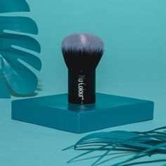 So Summer Collections 20% OFF  Week 1   Visit link in bio to shop.   Designed for a natural flawless finish our Nu Colour Kabuki Brush is hand-sculpted and assembled using the finest quality material from Raphaël. Its domed head can be used to buff makeup in a circular motion making it the ideal tool for achieving a smooth airbrushed finish. The densely packed bristles are made of ultra-soft high quality synthetic fibres that are gentle on the skin. Its short handle makes it easy to hold in… Ideal Tools, Summer Collection, Aloe Vera, Sculpting, Make Up, Synthetic Fibres, Circular Motion, Beauty, Smooth