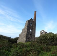 tin mine engine house - north coast  - photo patricia bates