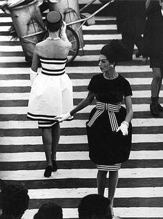 Piazza di Spagna Crossing, Rome William Klein, 1960