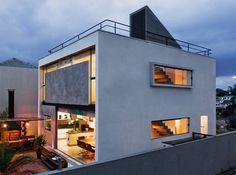 Modern Residence in Brazil by Flavio Castro - Homaci.com