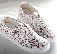 Spring/Autumn  Canvas Shoes Flats Leisure A Pedal Lazy Shoes  Single Shoes  New Fashion Tide Shoes  Sneaker Breathable BB2