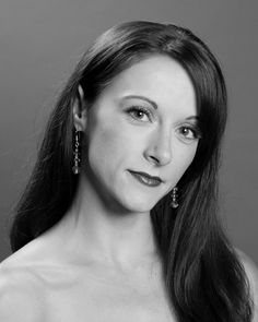 Elysa Hotchkiss is a native of Erie, Pennsylvania and received her early training with the Lake Erie Ballet School. She attended PBT School's Intensive Summer Program and was offered a full scholarship to attend PBT Graduate Program. Now in her seventh season with PBT, she has enjoyed performing such roles as the lead in Dwight Rhoden's Carmina Burana and Lady Capulet in Jean-Christophe Maillot's Roméo et Juliette.