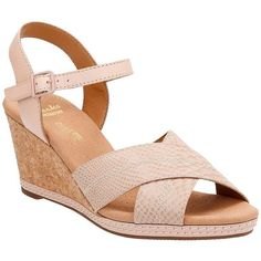 07cdcb05695 Clarks Women s Helio Latitude Wedge Sandal Nude Leather Suede Size M