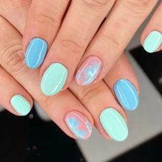 What Nail Design You Should Get According To Your Zodiac