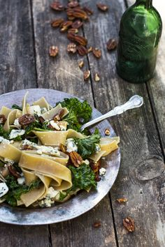 Rustic pasta with kale, blue cheese, pecans..you name it. http://www.jotainmaukasta.fi/2014/08/05/lehtikaalipasta/