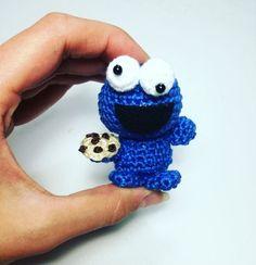 Ravelry: Amigurumi Tiny Cookie Monster pattern by AmyMamy Creations Crochet Cross, Love Crochet, Crochet Gifts, Crochet For Kids, Diy Crochet, Crochet Dolls, Crochet Children, Crochet Keychain Pattern, Crochet Monsters