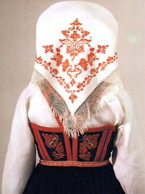 FolkCostume&Embroidery: Costume and 'Rosemaling' Embroidery of West Telemark, Norway Fashion History, Fashion Art, Folk Costume, Costumes, Norwegian Clothing, Scandinavian Embroidery, Norwegian Vikings, Finger Weaving, Folk Clothing