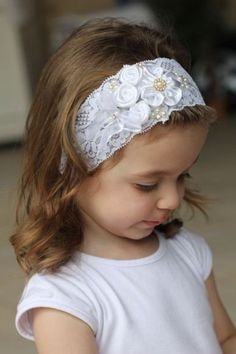 Flores Lace Headbands, Baby Girl Headbands, Baby Bows, Headband Hairstyles, Diy Hairstyles, Diy Hair Accessories, Hair Ornaments, Girls Bows, Hair Ties
