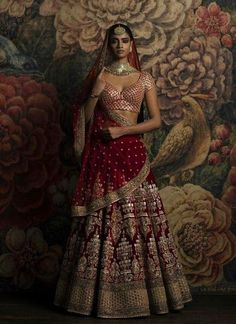 Looking for Sabyasachi maroon velvet bridal lehenga? Browse of latest bridal photos, lehenga & jewelry designs, decor ideas, etc. Sabyasachi Lehenga Bridal, Red Lehenga, Indian Bridal Lehenga, Party Wear Lehenga, Ghagra Choli, Pakistani Dresses, Anarkali, Latest Designer Sarees, Designer Dresses