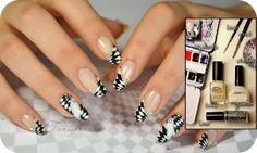 Look at this nail optical illusion design #ManicureMonday #NailArt