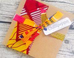 10 African wedding invitations African wax print strip wedding invitation card set with envelopes Bright wedding invitation by ChilliPeppa on Etsy Wedding Invitation Cards, Wedding Cards, Diy Wedding, Wedding Decor, Haitian Wedding, African Theme, African Style, Wedding Thanks, Fabric Cards