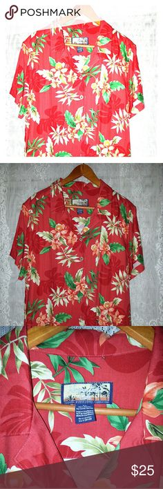Vintage Women's Red Hawaiian Shirt XL Dream if summer adventures on this beautiful super retro red tropical print woman's Hawaiian shirt size XL made out of 100% rayon. Vintage Tops Button Down Shirts
