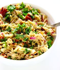 Orzo, Fried Rice, Yummy Food, Yummy Recipes, Fries, Grilling, Food And Drink, Vegetarian, Ethnic Recipes
