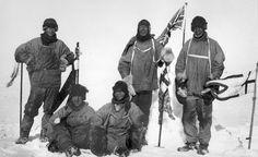 Un breve homenaje a los hombres que trataron de conquistar la Antártida, en especial a Edward Wilson, jefe científico de la última expedición de #Scott.