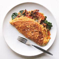 Pop's Double-Stuffed, Double-Fluffed American Omelet Best Egg Recipes, Brunch Recipes, Brunch Ideas, Favorite Recipes, Healthy Recipes, Breakfast Dishes, Breakfast Recipes, Breakfast Omelette, Gourmet Breakfast