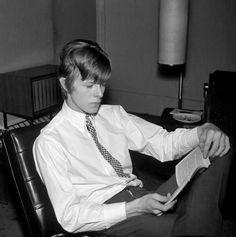 David Bowie, 1966 via retronaut