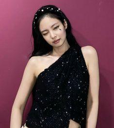 South Korean Girls, Korean Girl Groups, Jennie Blackpink, Formal Dresses, Beautiful, Women, Icons, Collections, Storage