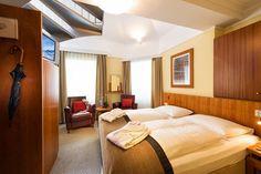 Boka Hotel Post i Bad Gastein I Am Bad, Bed, Furniture, Home Decor, Hotel Bedrooms, Stream Bed, Interior Design, Home Interior Design, Beds
