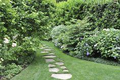 gradini amenajate simplu simple garden landscaping ideas 1
