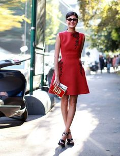 Milan Fashion Week Street Style. Giovanna Battaglia