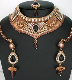 Fashion Jewelry Indian bridal polki necklace set with Amethyst and White stones-11SMBRJ18  http://www.craftandjewel.com/servlet/the-1703/online-costume-jewelry/Detail