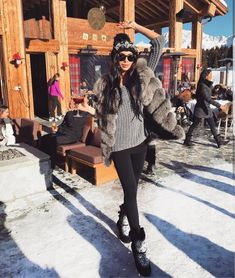Winter Outfits Women, Winter Fashion Outfits, Autumn Winter Fashion, Apres Ski Party, Apres Ski Outfits, Outfit Invierno, Snow Outfit, Beachwear Fashion, Snow Fashion