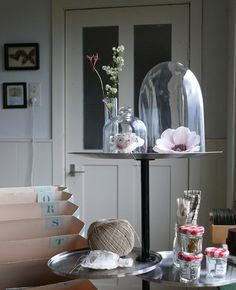Curiosities & Supplies #Styling #Pastels #Flowers #Vignette