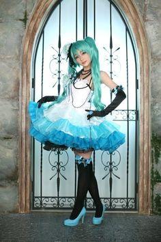 Turquoise cosplay