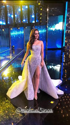 Manushi chhillar 👑 Bride Reception Dresses, Elegant Prom Dresses, White Saree, Miss India, Miss World, Beauty Pageant, Beautiful Indian Actress, Bridal Lehenga, Celebs