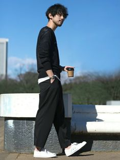 Men and Women's Fashion Japan Fashion, Look Fashion, Mens Fashion, Japanese Streetwear, Japanese Men, Japanese Street Fashion, Poses, Men Street, Gentleman Style