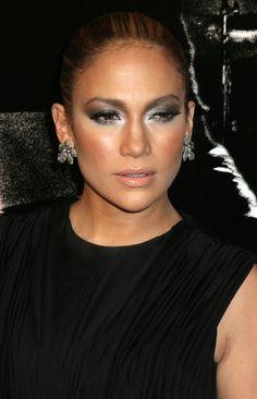 grey, silver eyes makeup jennifer lopez