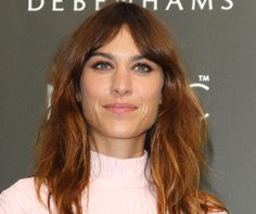 Finally! Cute Ways to Style Your Bangs While Growing Them Out