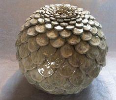Atelier 2PK - Karin Welhuis Keramiek Ceramic Bowls, Ceramic Pottery, Ceramic Art, Ceramic Flowers, Clay Flowers, Pottery Classes, Pinch Pots, Ceramics Projects, Paperclay