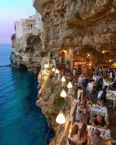 10 Stunningly Beautiful Places You Must Visit In Italy - Travel Trends Vacation Places, Dream Vacations, Vacation Spots, Beautiful Places To Travel, Cool Places To Visit, Places To Go, Italy Places To Visit, Reisen In Europa, Travel Aesthetic