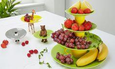Jetzt im Sommer ist das schöne Wetter ja schon Anlass genug, eine Party zu feiern. Aber egal ob Grillparty, Geburtstagsparty oder Verlobungsfeier, neben den Gästen spielt vor allem das Essen eine große Rolle. Die einzelnen Gerichte wollen schön präsentiert werden. Vor allem für die kleinen Häppchen der Vorspeise, Früchte oder für Nachspeisen bietet sich eine …