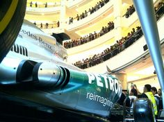 Mercedes F1 2013 ... Malasia Shopping Center
