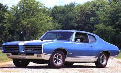 1969-Pontiac-GTO-Royal-Bobcat-Sport-Coupe-Blue-lfvl-1
